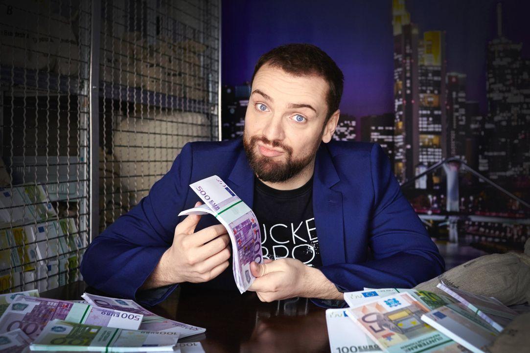 """In seiner Surprise-Show """"Mission Wahnsinn"""" verteilt Comedian Ingmar Stadelmann Geld, jedenfalls, dann, wenn die Kandidaten die harten Aufgaben lösen... - Bildquelle: Willi Weber ProSieben"""