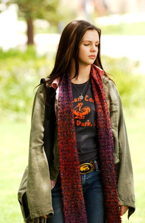 Joan (Amber Tamblyn) ist ein ganz normaler, sechzehn Jahre alter Teenager. Sie ist eine mittelmäßige Schülerin, die schon immer wieder im Büro d... - Bildquelle: Sony Pictures Television