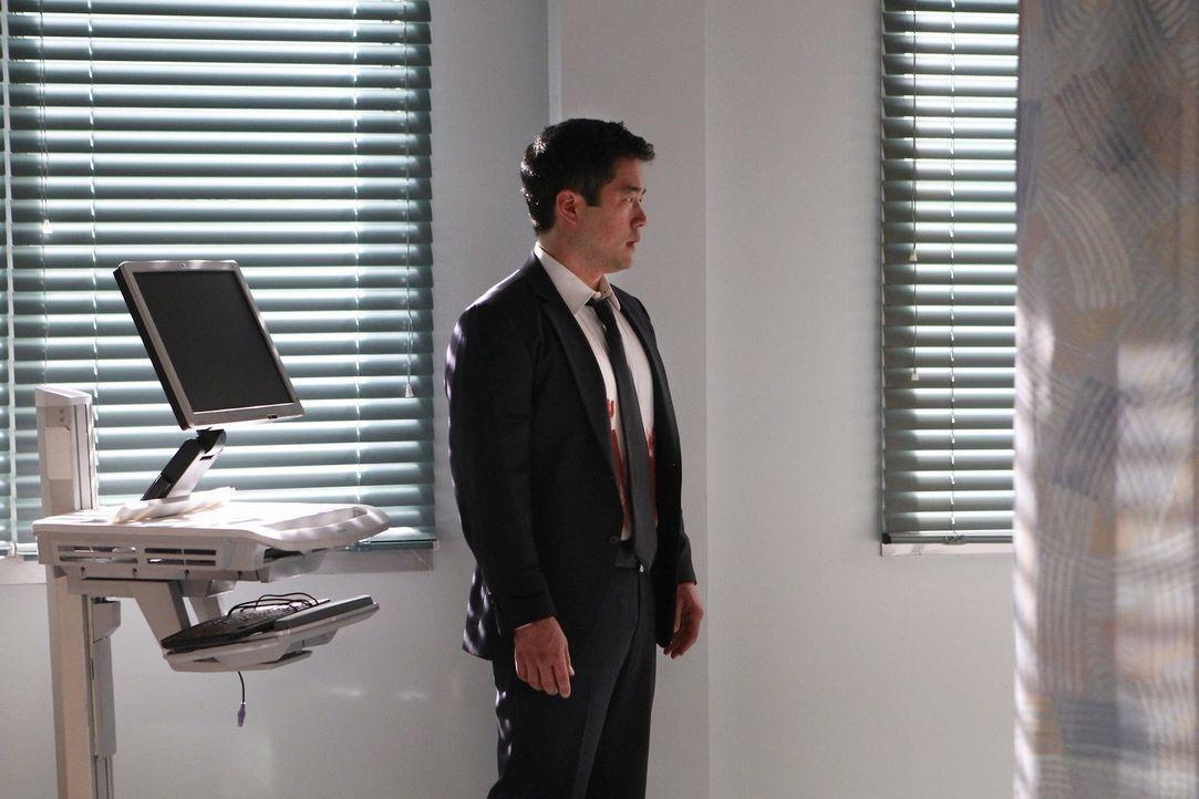 Bei den Ermittlungen in einem neuen Fall verliert das Team um Cho (Tim Kang) eine Kollegin. Ein schwerer Schlag für alle ... - Bildquelle: Warner Bros. Television
