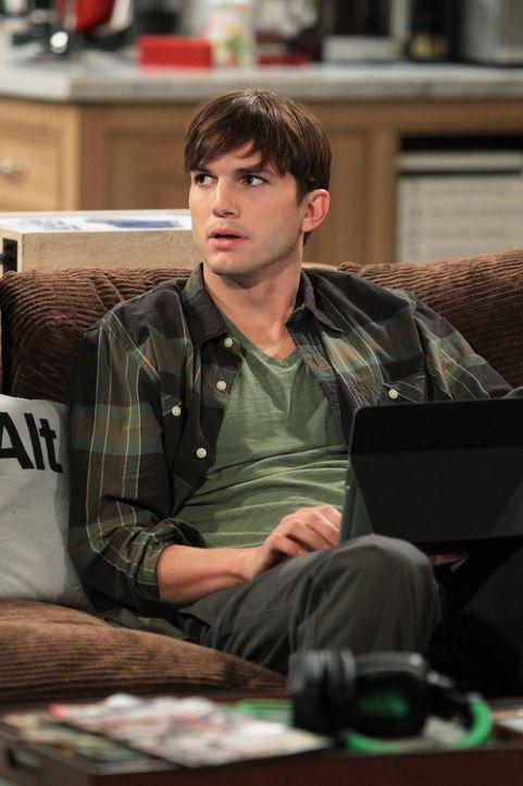 Lässt sich trotz Abraten von Alan, auf ein ganz besonderes Date ein: Walden (Ashton Kutcher) ... - Bildquelle: Warner Brothers Entertainment Inc.