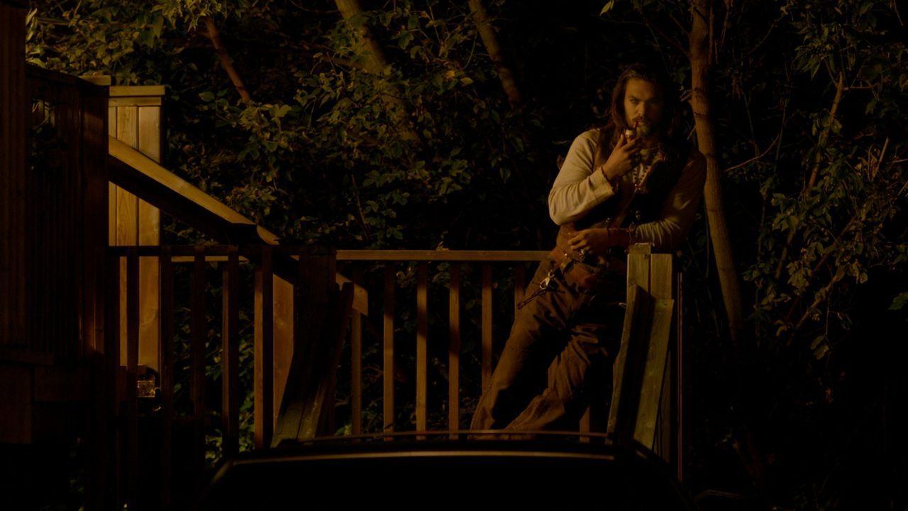 Als Alpha-Werwolf ist Connor (Jason Momoa) der inoffizielle Anführer von Lupine Ridge. Diesen Einfluss bekommt der 18-jährige Cayden bald zu spüren,... - Bildquelle: SQUAREONE ENTERTAINMENT GMBH