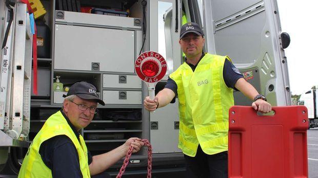 Achtung Kontrolle - Achtung Kontrolle! - Notfälle Auf Deutschlands Größter Autobahn