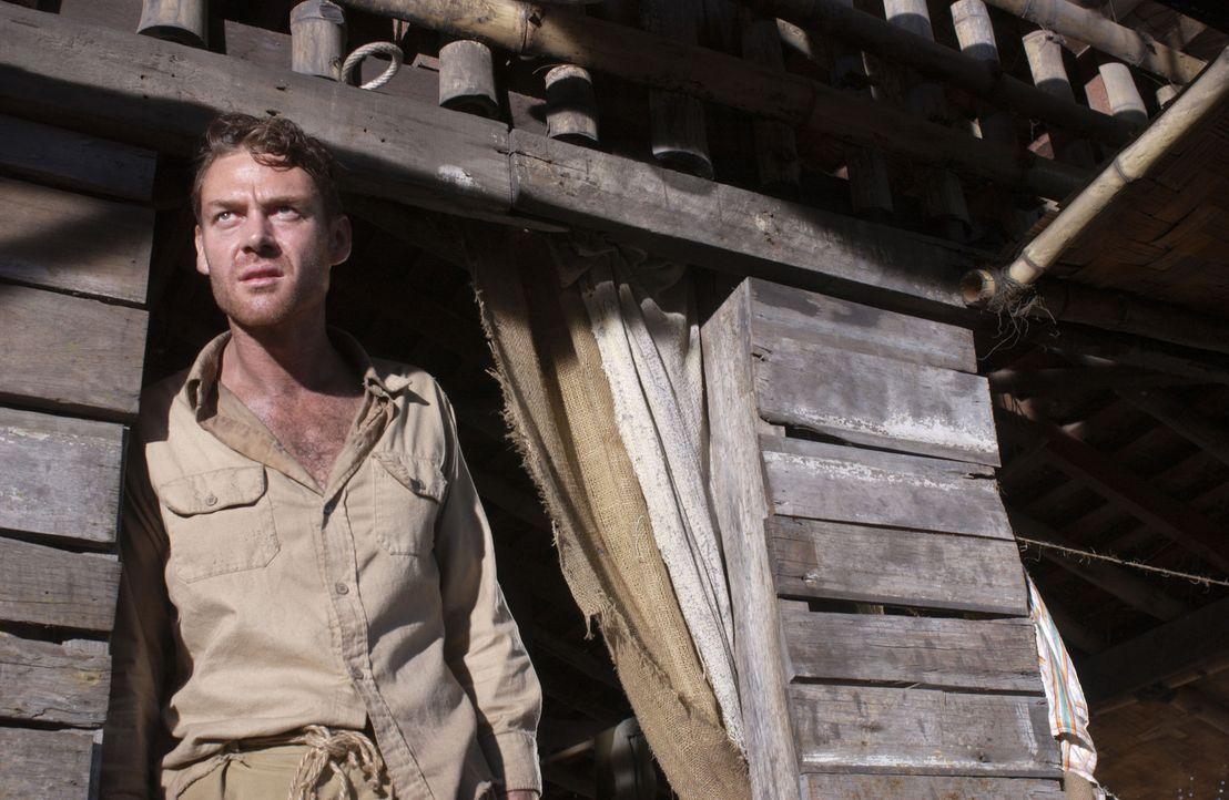 Captain Redding (Marton Csokas) versucht, die Soldaten aus dem schwer bewachten Lager zu befreien ... - Bildquelle: Buena Vista International