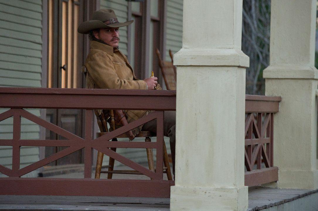 Auf der Jagd nach einem Mörder, auf den ein hohes Kopfgeld ausgesetzt ist, stößt LaBoeuf (Matt Damon) eines Tages auf die 14-jährige Mattie, die... - Bildquelle: (2010) PARAMOUNT PICTURES. All rights reserved.