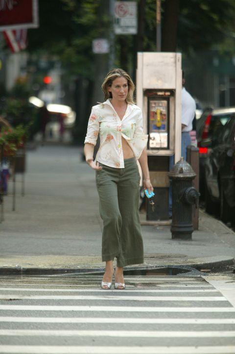 Nachdem Carrie (Sarah Jessica Parker) erkannt hat, dass sie einen großen Teil ihres Lebens damit verbracht hat, die Lebensentscheidungen anderer Me... - Bildquelle: Paramount Pictures