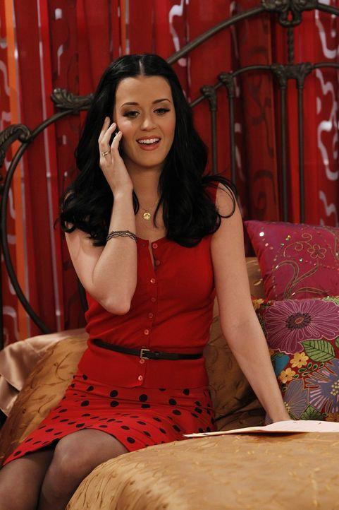 Wird sich Ted in die attraktive Cousine Katy Perry) von Zoey verlieben? - Bildquelle: 20th Century Fox International Television