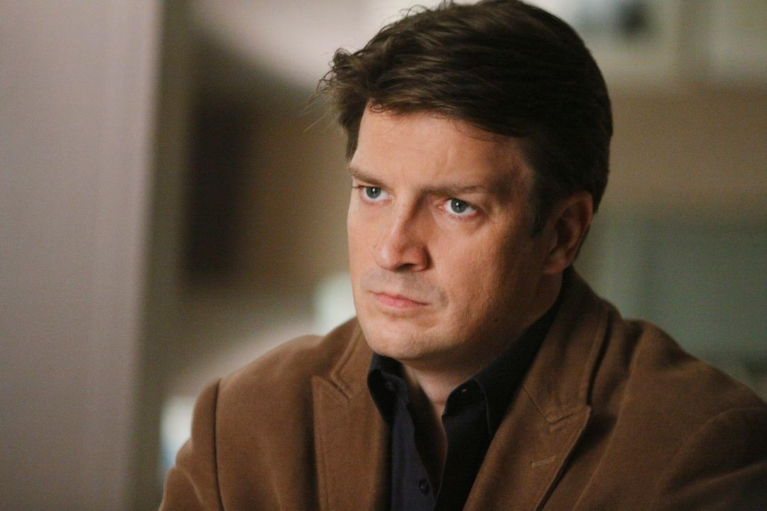 Steckt wirklich die Mafia hinter dem Mord an dem ehemaligen Kriegsberichterstatter und Enthüllungsreporter Gordon Burns? Richard Castle (Nathan Fill... - Bildquelle: ABC Studios