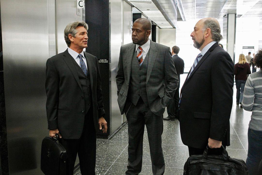 Die Zeit ist jetzt: Sam (Forest Whitaker, M.), Andy Armus (Eric Roberts, l.) und Jack Fickler (Richard Schiff, r.) ... - Bildquelle: ABC Studios