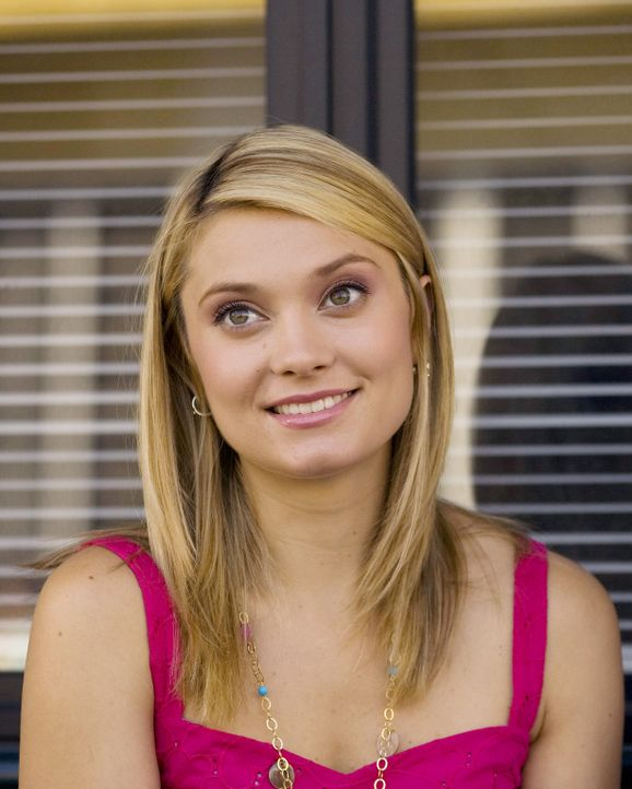 Ist von der Liebeserklärung von Evan total angetan: Casey (Spencer Grammer) ... - Bildquelle: 2007 ABC FAMILY. All rights reserved. NO ARCHIVING. NO RESALE.