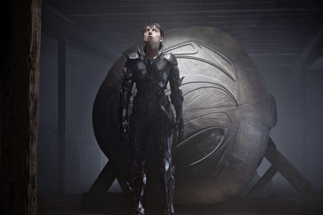 Moral? Davon hat sie noch nie etwas gehört: General Zods Verbündete Faora-Ul (Antje Traue) ... - Bildquelle: 2013 Warner Brothers