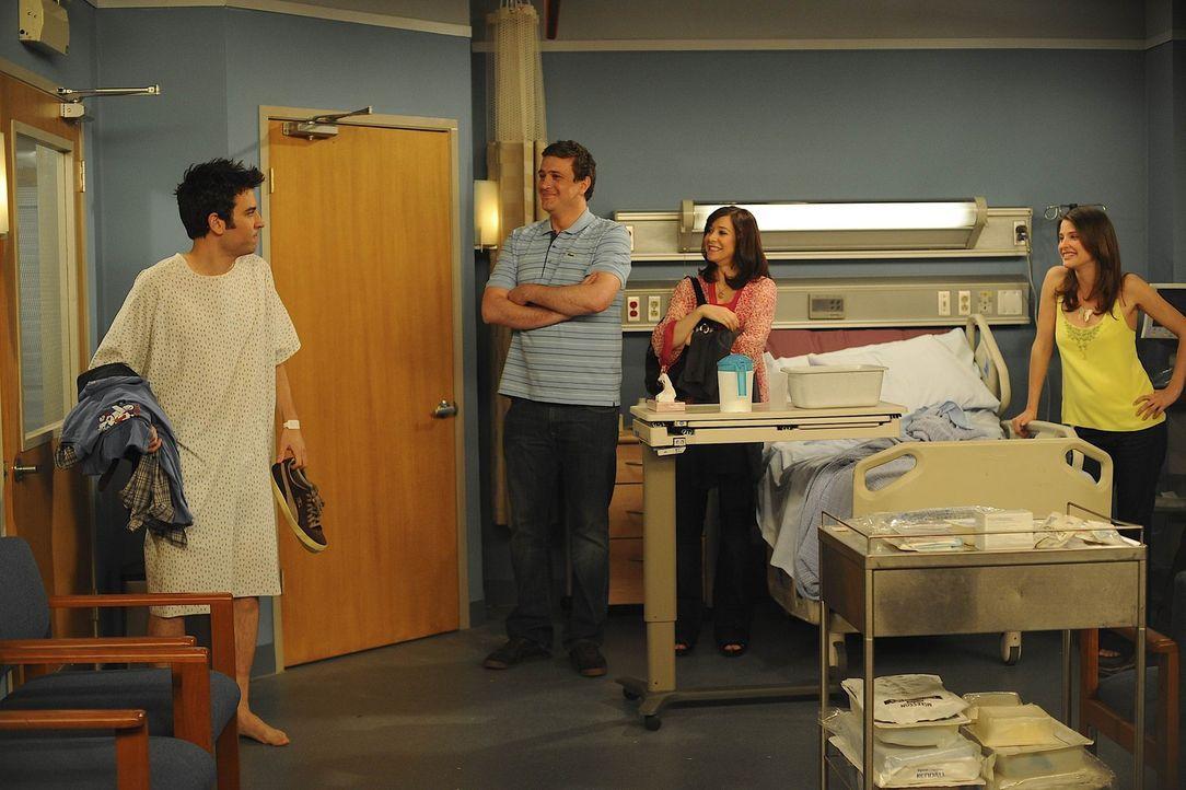 Nach dem Ziegenangriff ist Ted (Josh Radnor, r.) dem Spott seiner Freunde Marshall (Jason Segel, 2.v.l.), Barney, Lily (Alyson Hannigan, 2.v.r.) und... - Bildquelle: 20th Century Fox International Television