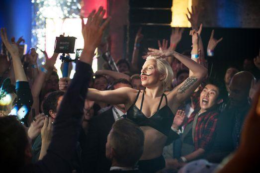 Lady-Gaga-Ankunft-Berlin-11-Julia-Schoierer - Bildquelle: Julia Schoierer