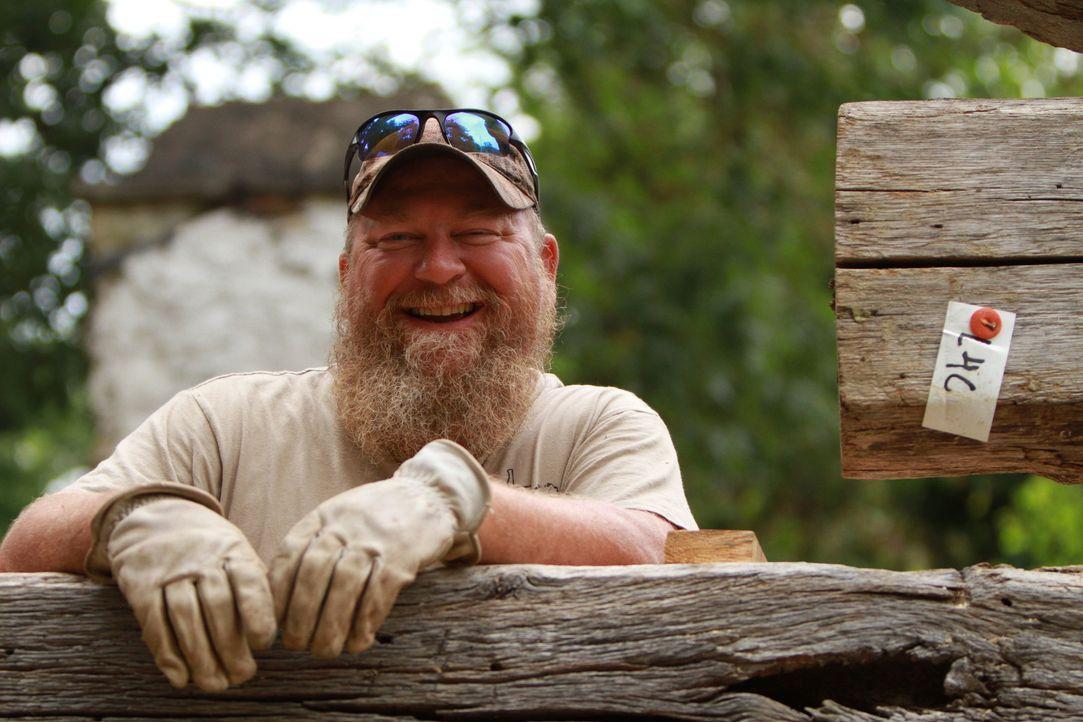 Tim und die anderen Scheunen-Profis können den Pfadfindern, dessen alte Scheune sie neu aufbauen, einiges mit auf den Weg geben. Doch auch die 248 P... - Bildquelle: 2015, DIY Network/Scripps Networks, LLC. All Rights Reserved.