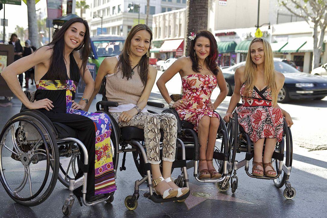 Vier Frauen, die eine tiefe Freundschaft und ein außergewöhnliches Schicksal verbindet: Angela (2.v.l.), Auti (2.v.r.), Mia (l.) und Tiphany (r.)... - Bildquelle: Sundance Channel