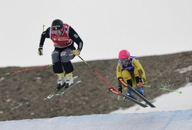 Zacher (r.) landet beim ersten Weltcup auf Platz zwei