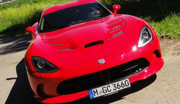 Dodge Viper vs. Irmscher 7 - Bildquelle: kabel eins