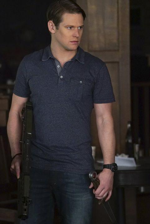 Matt (Zach Roerig) macht Bekanntschaft mit der Vampirjägerin. Wird er sich ihr anschließen oder doch seinem Freund Stefan helfen? - Bildquelle: Warner Bros. Entertainment, Inc.