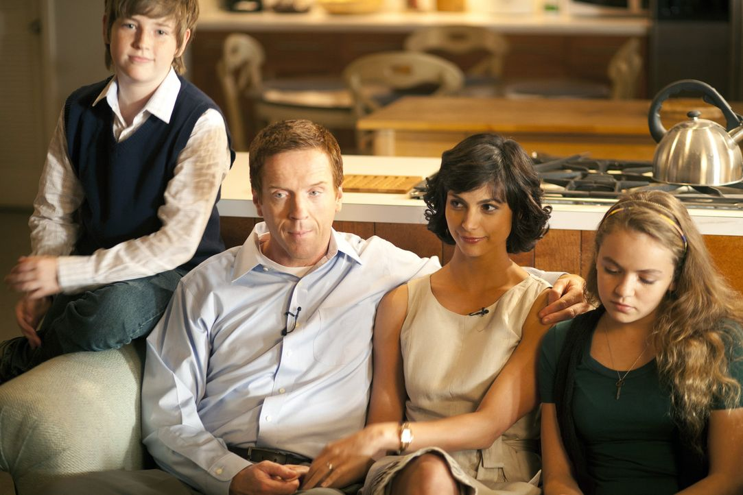Für die Öffentlichkeit präsentieren sie sich als glückliche und perfekte Familie: (v.l.n.r.) Chris (Jackson Pace), Nicholas (Damian Lewis), Jess... - Bildquelle: 2011 Twentieth Century Fox Film Corporation. All rights reserved.
