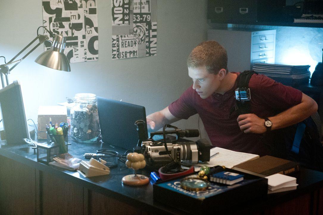 Als es David (Jonny Weston) gelingt, den Prototypen der Zeitmaschine seines Vaters in Gang zu bringen, leisten sich er und seine Freunde ein paar Ze... - Bildquelle: 2015 Paramount Pictures. All Rights Reserved.