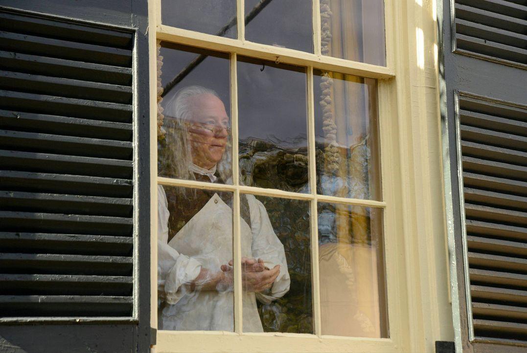 Ist Benjamin Franklin (Timothy Busfield) wirklich der richtige Mann, um Abbies Geschichte zu belegen? - Bildquelle: 2014 Fox and its related entities. All rights reserved.
