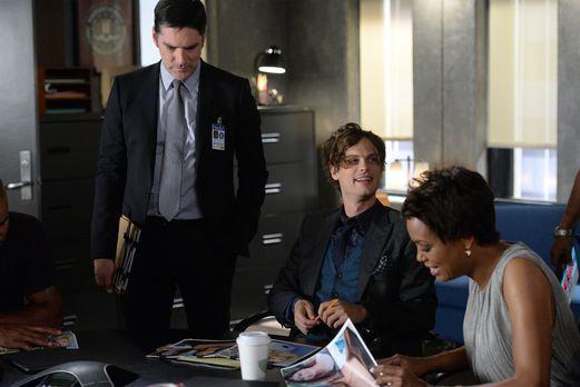 Criminal Minds - Ein neuer Fall wartet auf Tara (Aisha Tyler, r.), Reid (Matt...