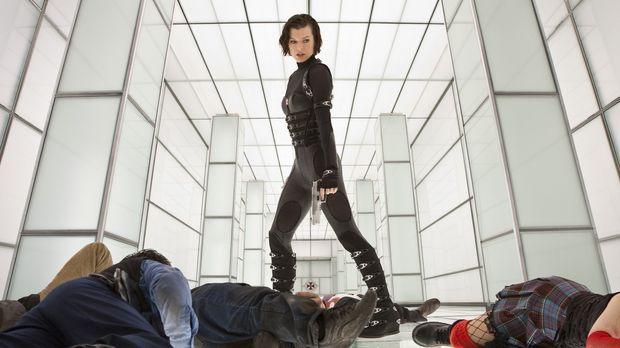 Im andauernden Krieg gegen das ultimativ Böse: Alice (Milla Jovovich) ... © 2...