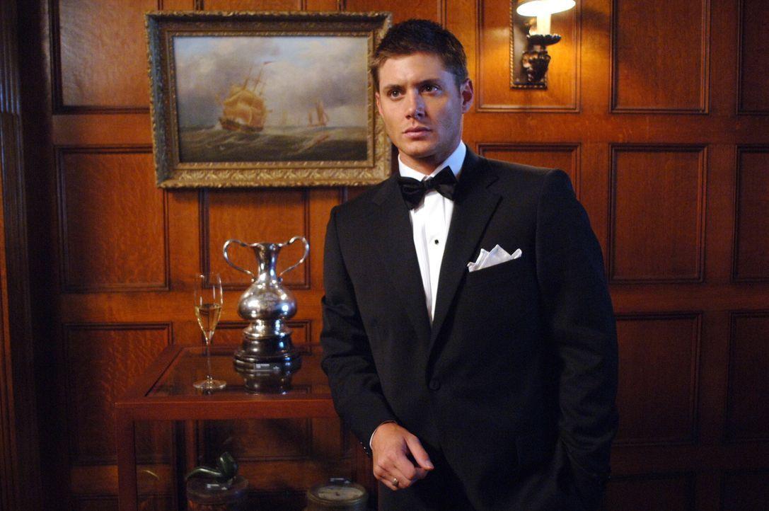Gemeinsam mit seinem Bruder Sam untersucht Dean (Jensen Ackles) eine Reihe von mysteriösen Todesfällen ... - Bildquelle: Warner Bros. Television