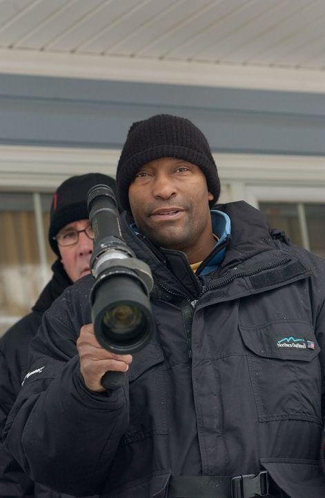 Regisseur John Singleton beim Dreh - Bildquelle: TM &   2006 Paramount Pictures. All Rights Reserved.