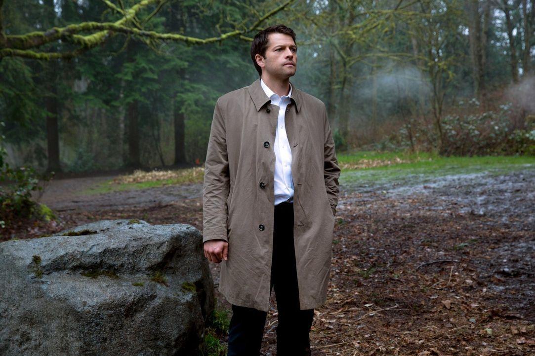 Als Castiel (Misha Collins) einen von Metatrons Engeln gefangen nimmt, braucht er die Hilfe der Winchesters ... - Bildquelle: 2013 Warner Brothers