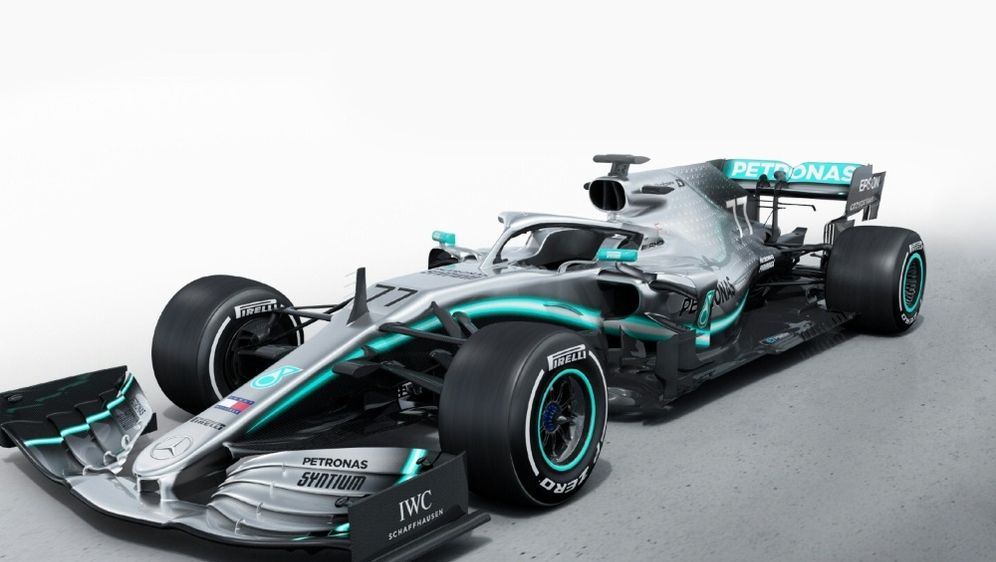 Der W10 ist der neue Bolide von Mercedes - Bildquelle: MEDIAPORTAL DAIMLER AGMEDIAPORTAL DAIMLER AGSID