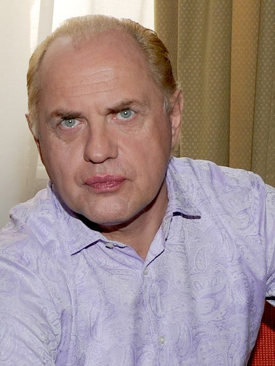 Uwe-Ochsenknecht-11-11-04-dpa - Bildquelle: dpa