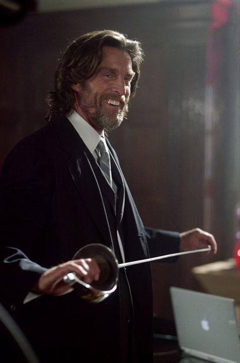 Süchtig nach Macht: Lionel Luthor (John Glover) ... - Bildquelle: Warner Bros.