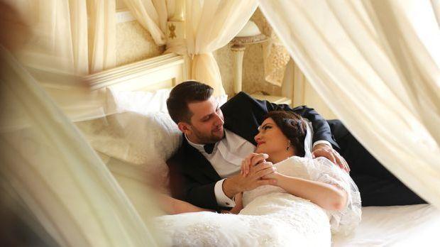 Die Hochzeitsnacht gehört Braut und Bräutigam ganz allein.