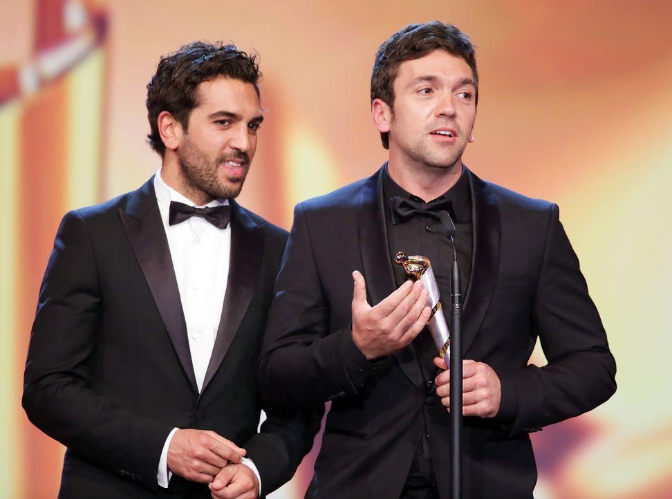 Deutscher-Filmpreis-Lola-Elyas-MBarek-Bora-Dagtekin-140509-dpa - Bildquelle: dpa