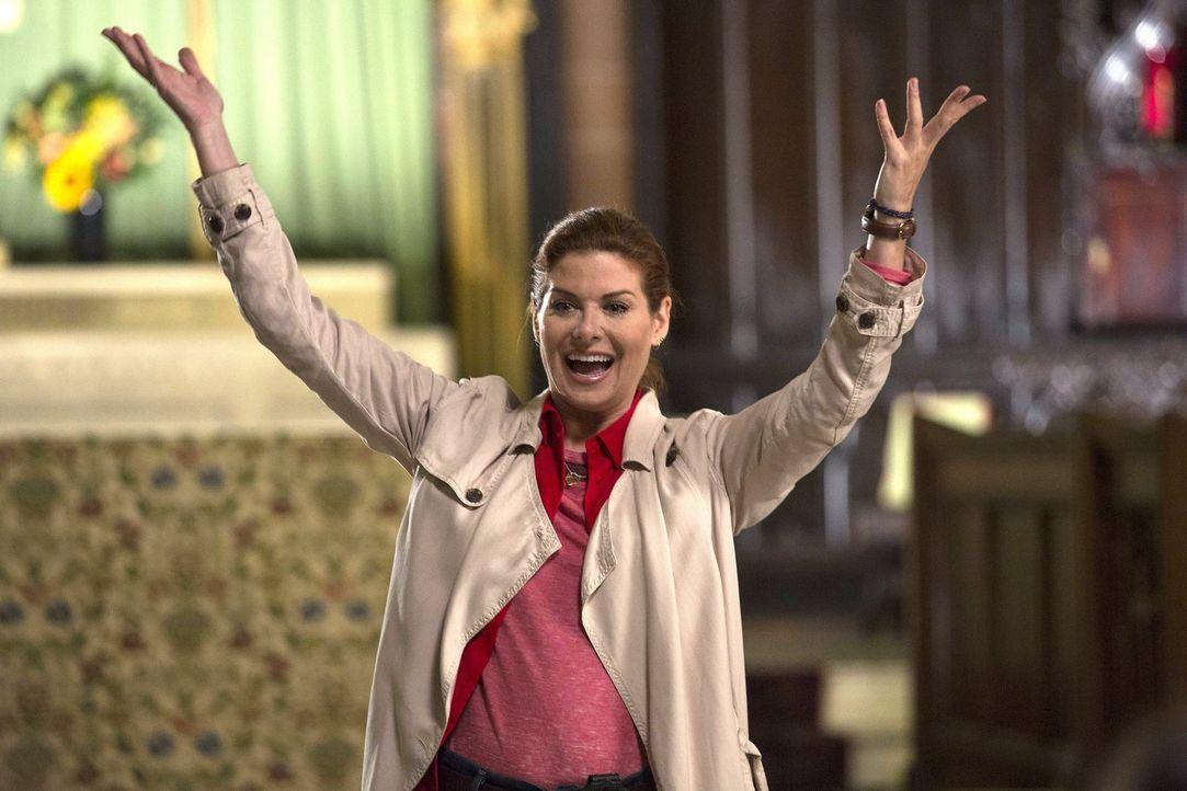 Muss einen neuen Mordfall aufdecken und gibt alles dafür: Laura (Debra Messing) ... - Bildquelle: Warner Bros. Entertainment, Inc.