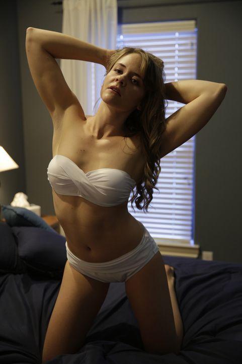 Drahtzieherin hinter einem Mord. Pamela Smart (Foto) rekrutiert für die Dreharbeiten zu einem sexy Musikvideo Schüler, um sie später in ihren mörder... - Bildquelle: 2016 AMS PICTURES. All Rights Reserved