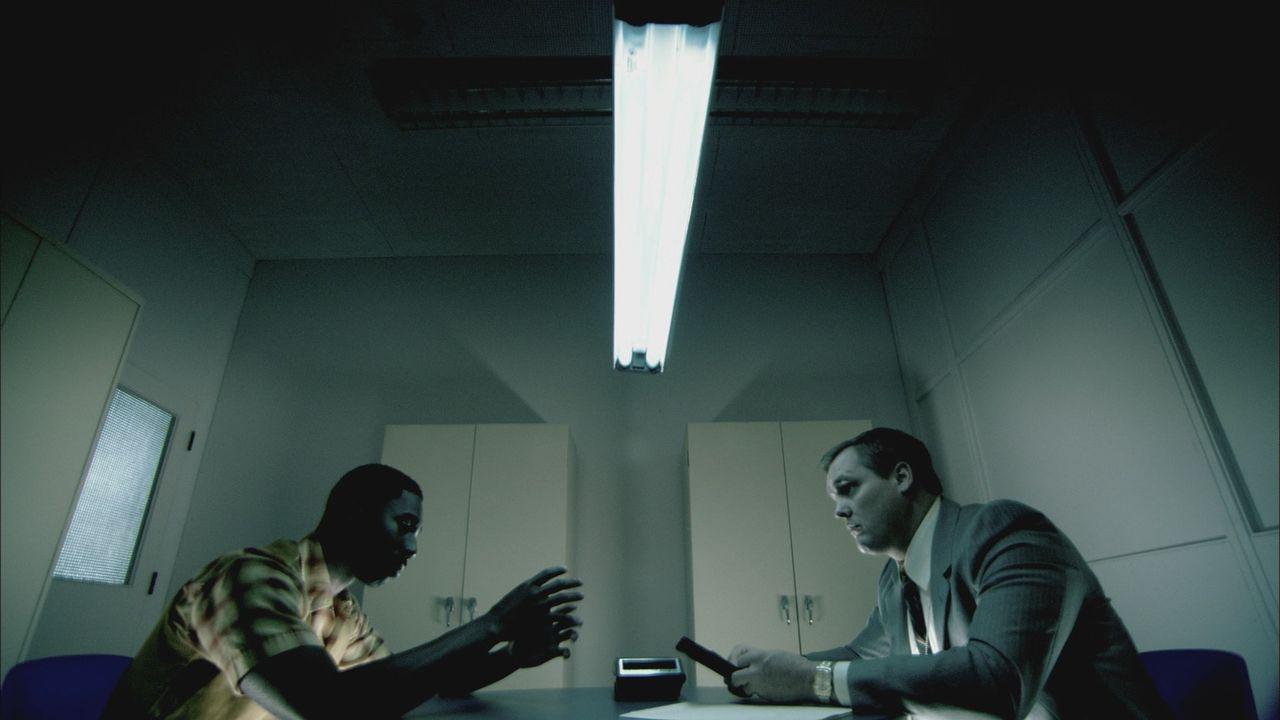 Kann der vermeintliche Augenzeuge Johnny Gray den Ermittlern helfen, den Mord an Deborah Sykes aufzuklären? - Bildquelle: Cineflix 2012