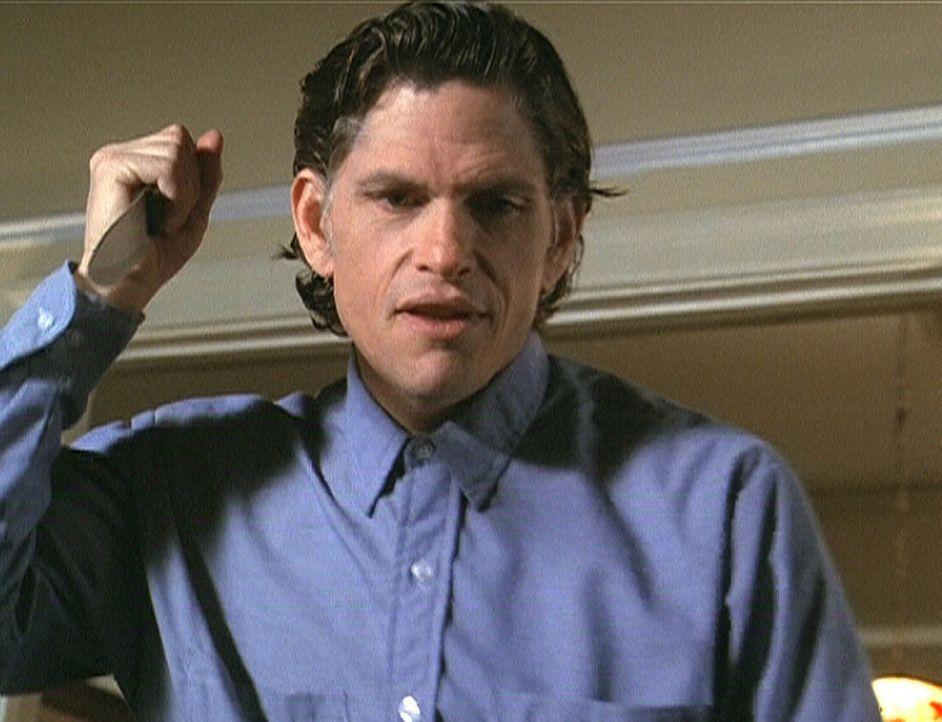 Der Massenmörder Jackson Ward (Jeff Kober), der vor 36 Jahren auf Alcatraz hingerichtet wurde, treibt seither als Geist sein Unwesen auf der Gefän... - Bildquelle: Paramount Pictures