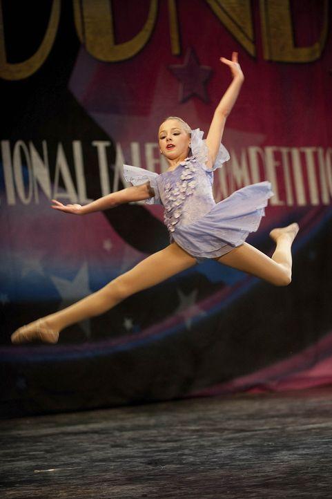Strebt immer nach Perfektion: Chloe ... - Bildquelle: Scott Gries 2011 A+E Networks