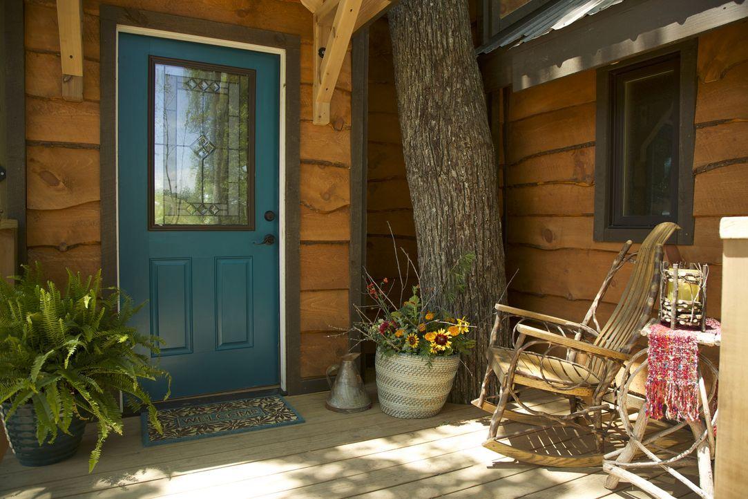 Wie wird das Parrish-Paar aus Asheville auf ihren neuen Wohntraum in den Bäumen reagieren und wie wird ihnen die zusätzliche Überraschung der Treeho... - Bildquelle: 2016,DIY Network/Scripps Networks, LLC. All Rights Reserved.