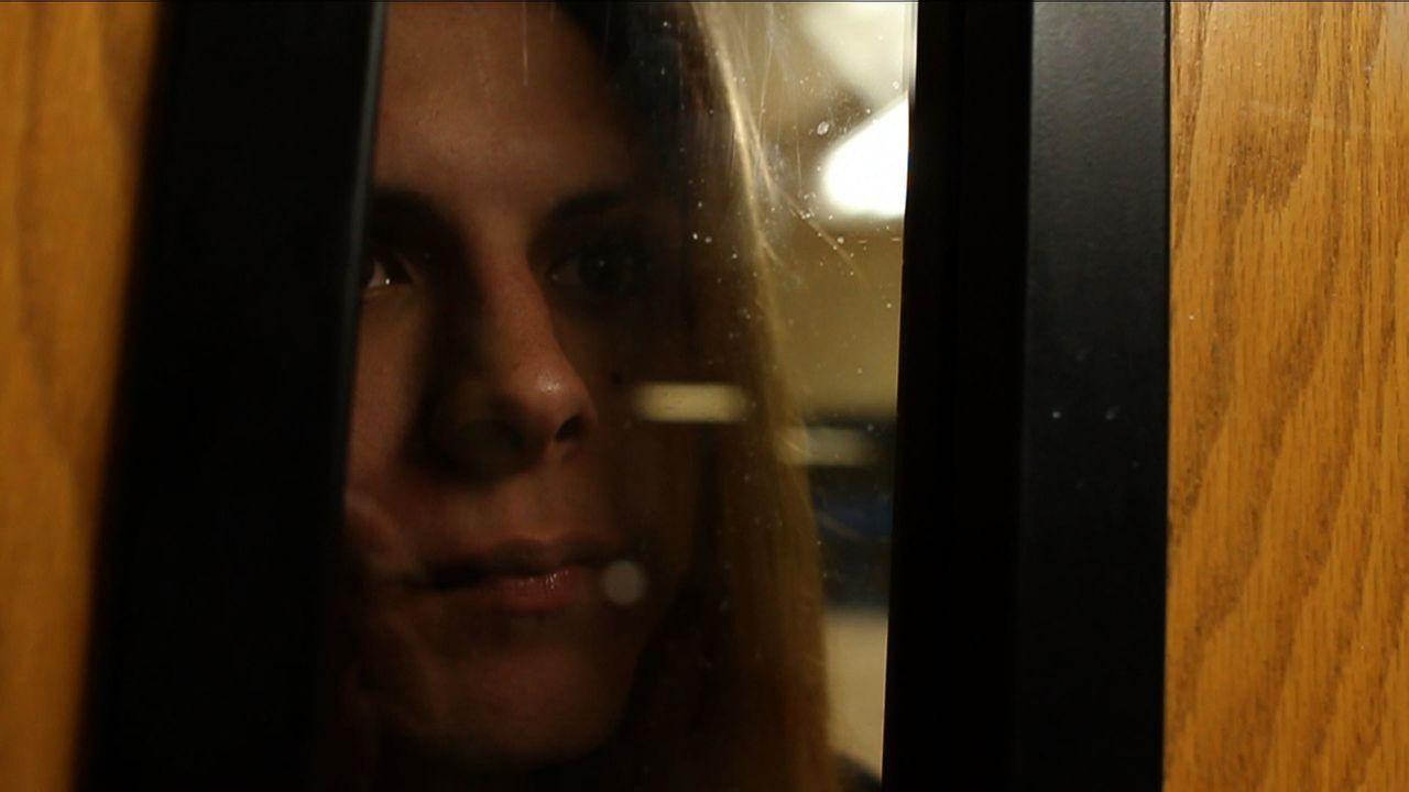 Die größte Sorge der Transgender-Escortdame Krystina ist, dass ihr neuer Freund nicht auf sie wartet, bis sie aus der Haft entlassen wird ... - Bildquelle: Jeff Hutchens National Geographic Channels/ Part2 Pictures
