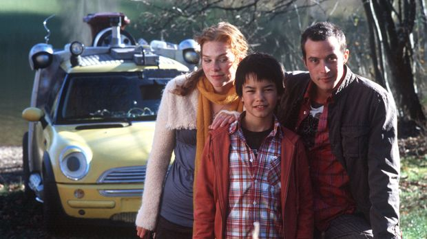 Ein turbulentes Team: Felix (Nikita Wokurka, M.), Anna (Henny Reents, l.), Ch...
