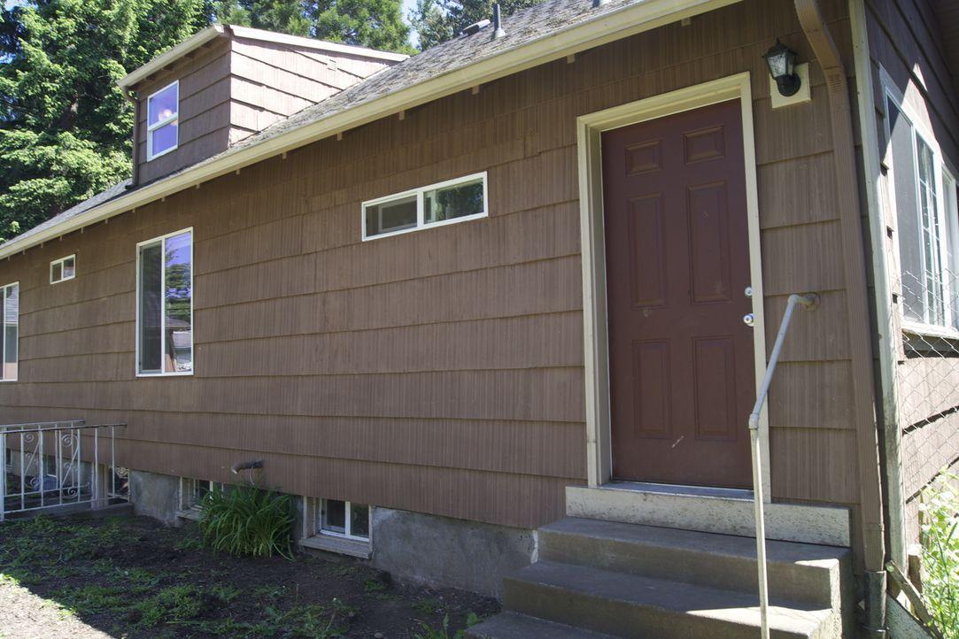 Stefanie Gray hat sich vor vier Monaten ein renovierungsbedürftiges Haus in Portland, im Bundesstaat Oregon, gekauft. Sie wollte es von Grund auf re... - Bildquelle: 2009, DIY Network/Scripps Networks, LLC