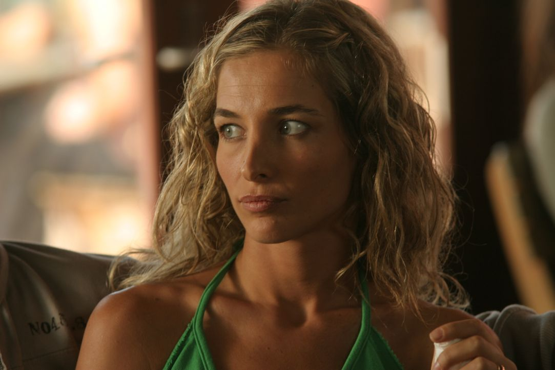 Lindsay Caroline Robba Nude Photos 41