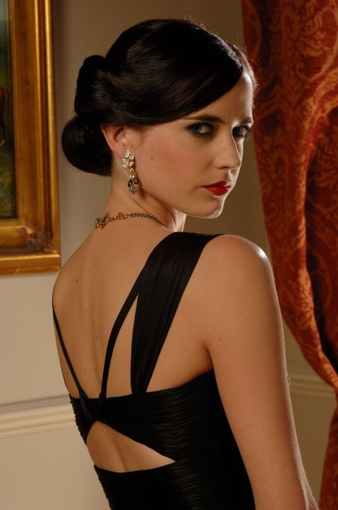 Verändert für immer das künftige Liebesleben von James Bond: Vesper Lynd (Eva Green) ... - Bildquelle: 2006 DANJAQ, LLC, UNITED ARTISTS CORPORATION AND COLUMBIA PICTURES INDUSTRIES, INC. ALL RIGHTS RESERVED.