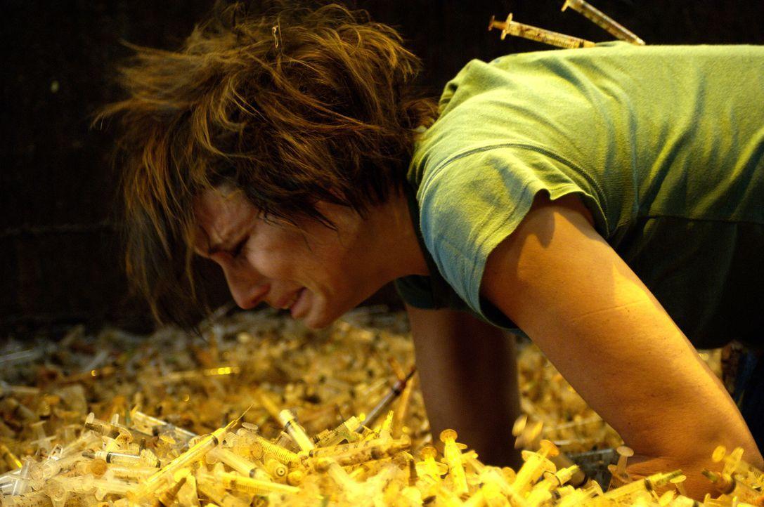 """Auch Amanda (Shawnee Smith) gerät in die Fänge des Jigsaws. Kann sie die schrecklichen """"Prüfungen"""" ihres Peinigers zu dessen Zufriedenheit bestehen?... - Bildquelle: Kinowelt Filmverleih"""