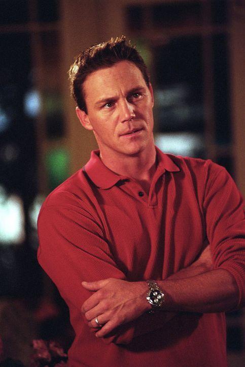 Leo (Brian Krause) steht den Halliwell-Schwestern mit Rat und Tat zur Seite. - Bildquelle: Paramount Pictures