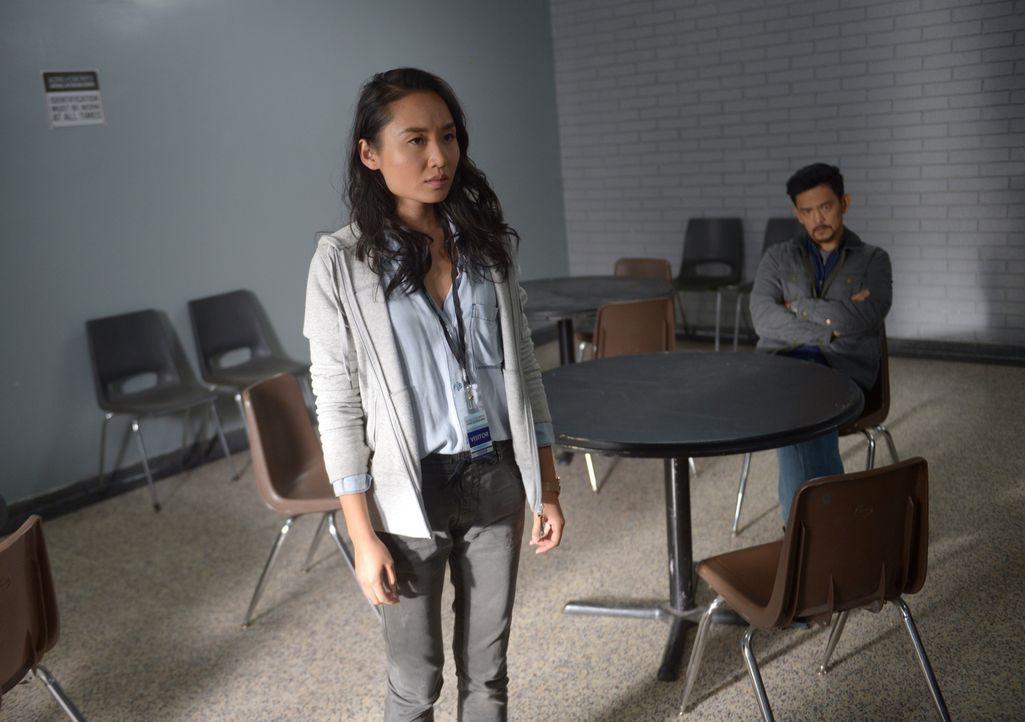 Erkennt Rose (Li Jun Li, l.), dass nicht nur die jüngsten Vorkommnisse Andy (John Cho, r.) verändert haben, sondern etwas viel Dunkleres Besitz von... - Bildquelle: 2017 Twentieth Century Fox Film Corporation.  All rights reserved.