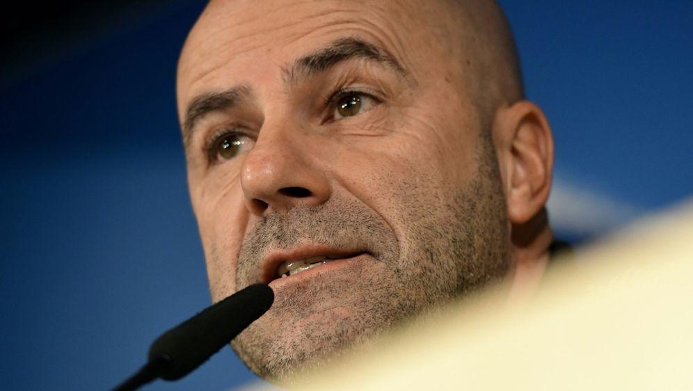 Peter Bosz gewinnt mit Bayer auch gegen Zwolle - Bildquelle: AFPSIDJAVIER SORIANO