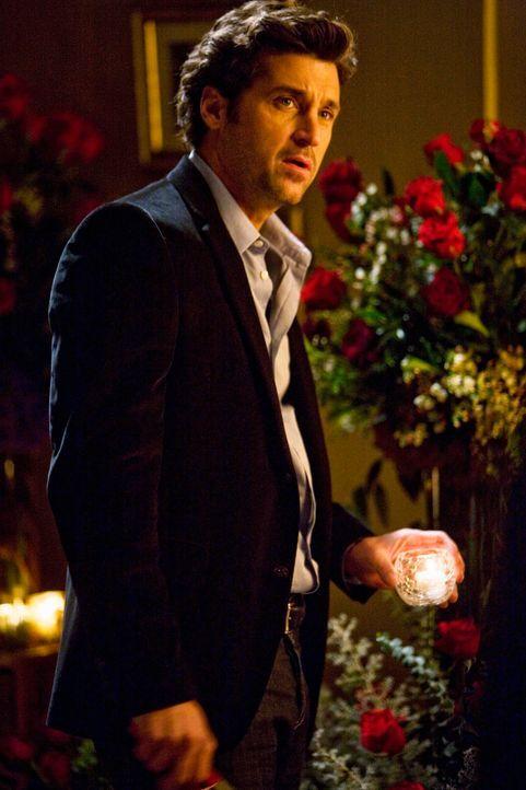 Mit dem Verlobungsring seiner Mutter in der Tasche, sucht Derek (Patrick Dempsey) nach dem richtigen Weg und den passenden Moment, um Meredith einen... - Bildquelle: Touchstone Television